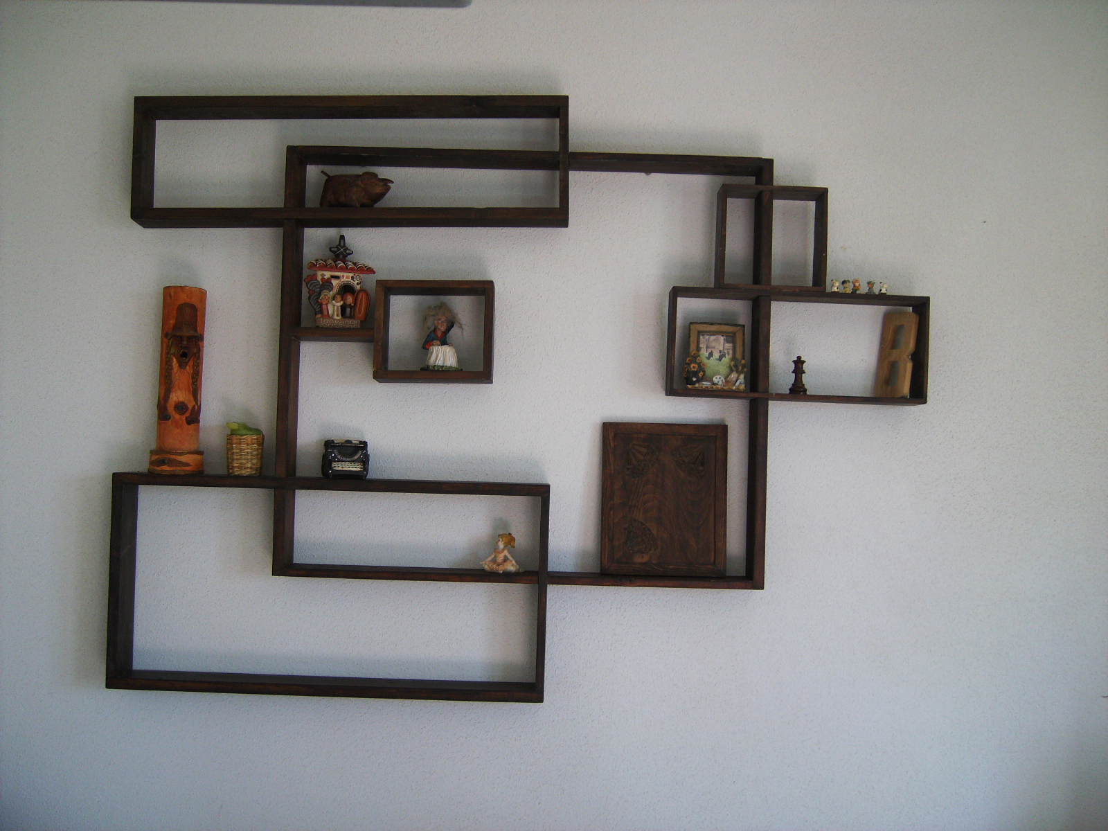 Estanter a de madera decora con estilo tus paredes - Estanterias de pared amazon ...