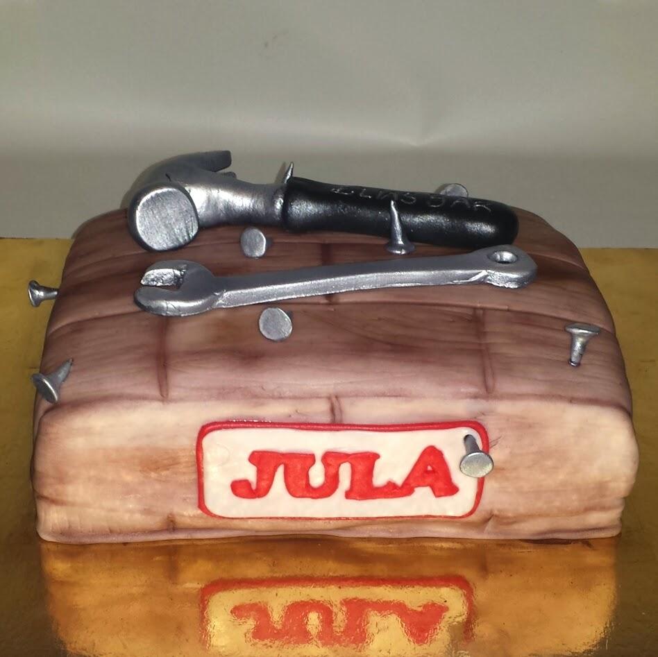 Tårta med verktyg