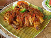 Ayam Betutu.., Masakan khas Bali...!!!