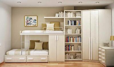 Desain Rak Buku Warna Putih Dalam Kamar Tidur
