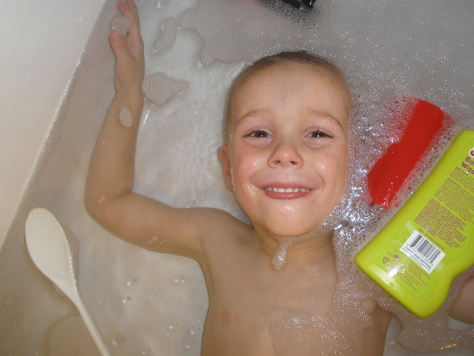 Boy bath mobile photos 100