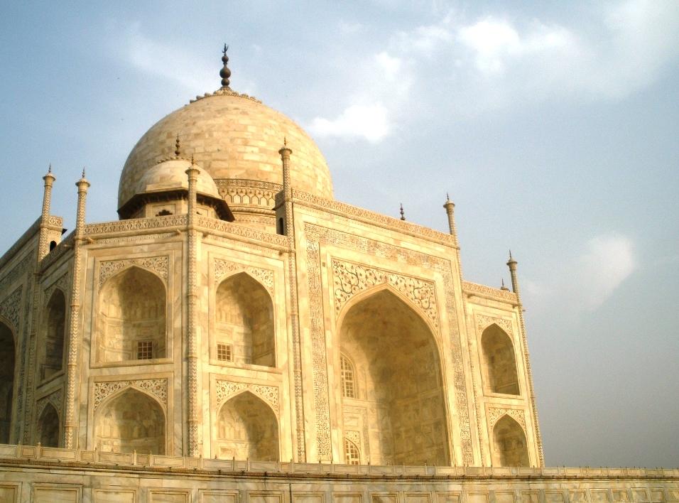 Goodnight and Go: The Love Monument: Taj Mahal
