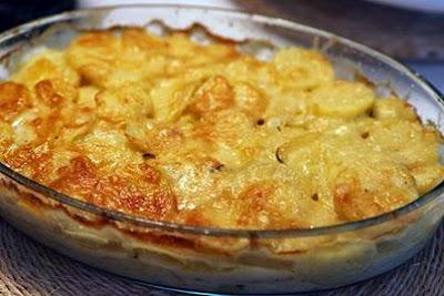 Batata gratinada com carne moída