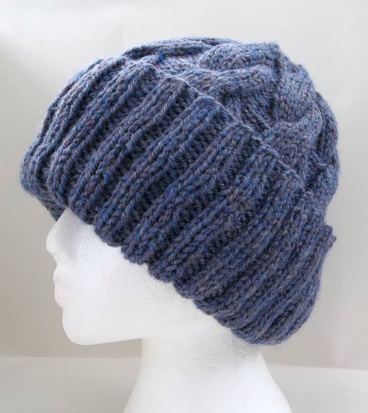 Knitting Pattern Aran Cable Hat : HAND KNITTING PATTERNS. ARAN. COWLS, HATS, SCARVES AND NECK WARMERS