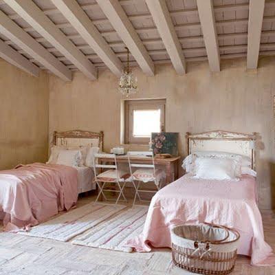 francuskie meble, Kuchnia, Prowansalska kuchnia, prowansalska sypialnia, styl francuski, Styl prowansalski, Style w urządzaniu wnętrz,