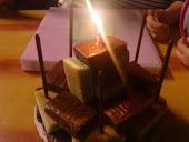 """特別的18歲""""生日蛋糕"""""""