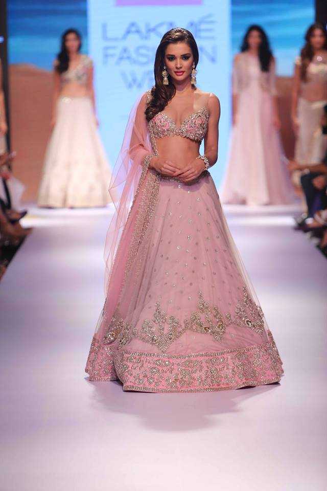 Anushree Reddy Lakmé Fashion week a/w 2015