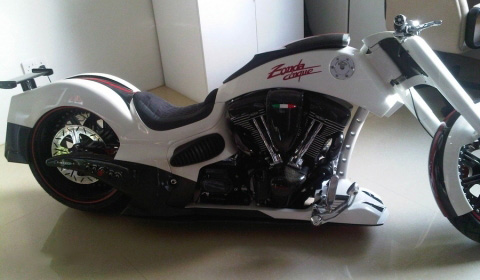 moto i  Pagani Zonda Cinque Custom Bike