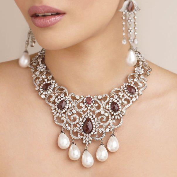 women 39 s world diamond necklace designs from senco gold