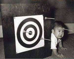 funny pictures, wrong target, baby, crying