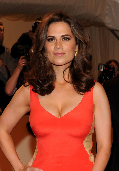 Best Cleavages in The World: Hayley Atwell Cleavage