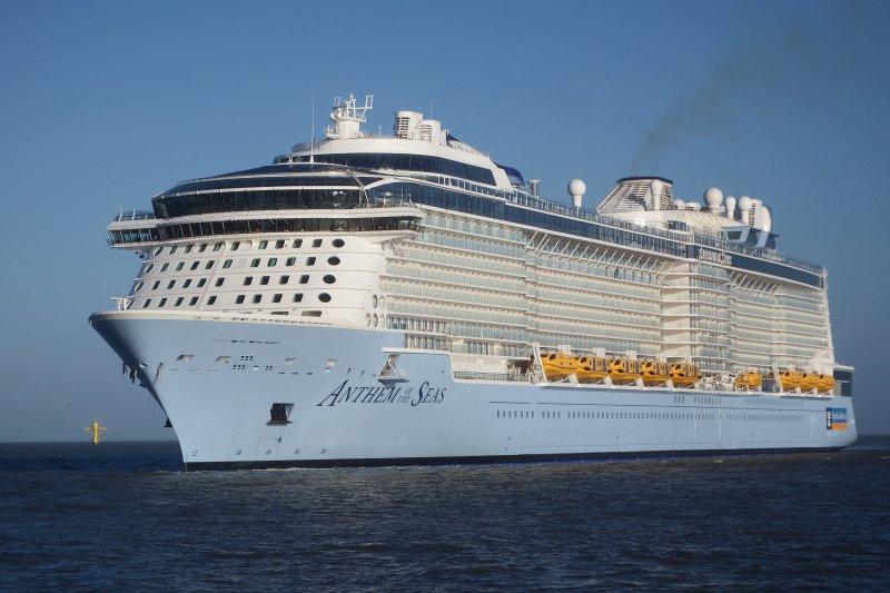 Royal Caribbean Ships Delayed by Jonas