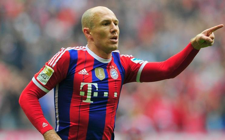 Manchester United Membuat Tawaran £ 73m Untuk Datangkan Arjen Robben...???