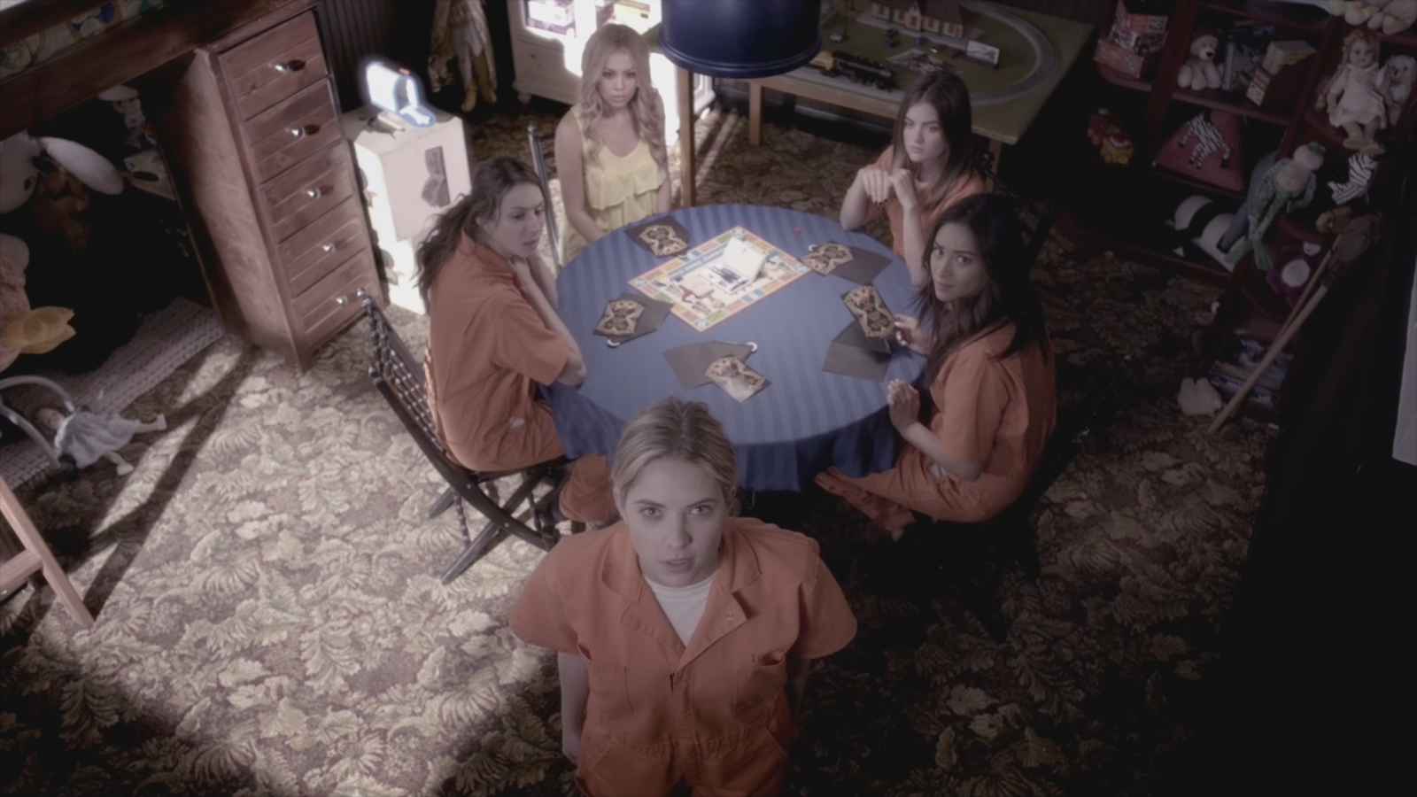 Pretty little liars quot recap 6 01 escape from the dollhouse page 7 - I Wish I Never Read That Spoiler Leak Posted On This Site A Few Weeks Ago Because The Reveal Of Mona Being Alive Would Have Totally Shocked Me To My Core