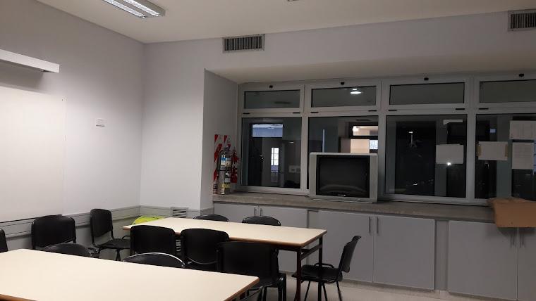Biblioteca - Sala de video y lectura