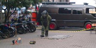 Paket Bom Bandara Soekarno-Hatta