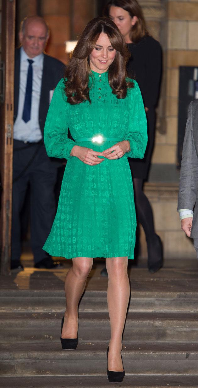 Kate Middleton's Maternity (Pregnant) Dress Style ~ Sport ...