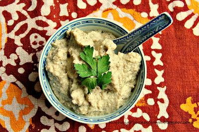 84. Babaganoush, arabska pasta z pieczonego bakłażana