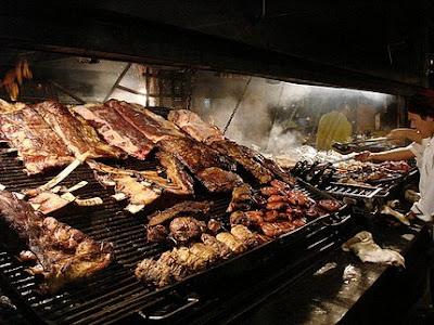 Asador de carne - gastronomía de Buenos Aires