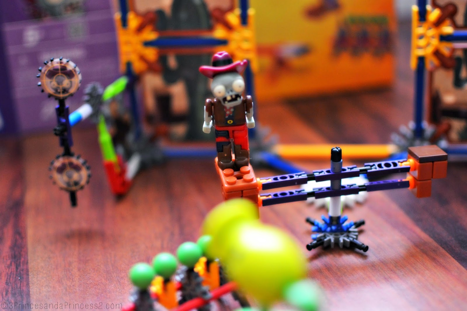 #KNEX Plants Vs Zombies