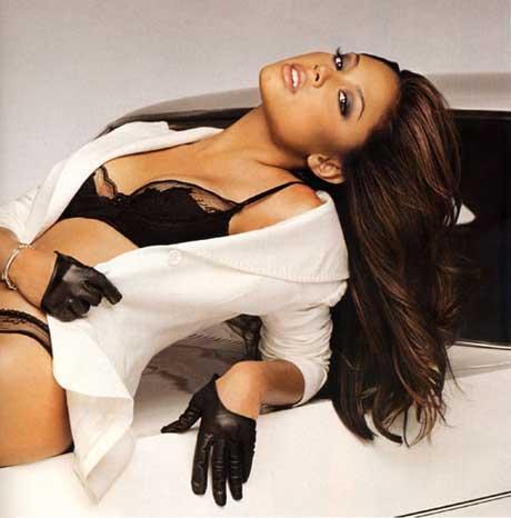 AtoZ hotphotos: Vanessa Minnillo hot stills Bar Refaeli Divorce