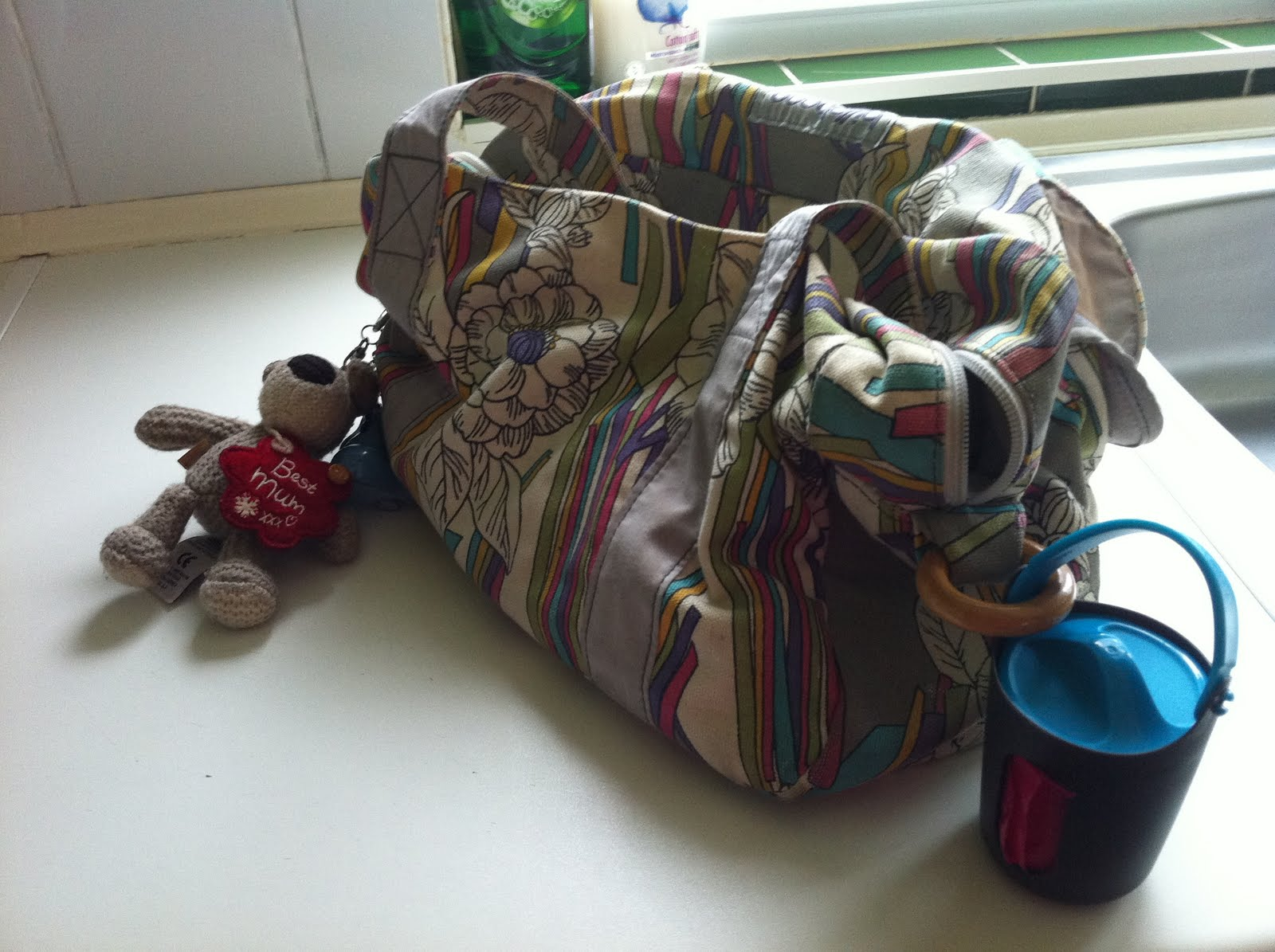 Sangenic Wrap /& Go Nappy Bag Dispenser and 2 Rolls Blue