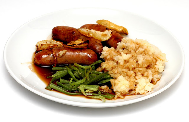 What did you have for dinner tonight? - Page 9 Banger+and+mash+2