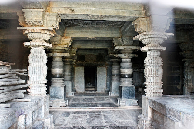 Inside the temple, as seen from the locked door