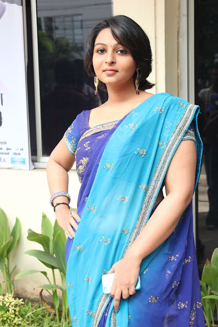 Tamil Actress Blue Saree Photos
