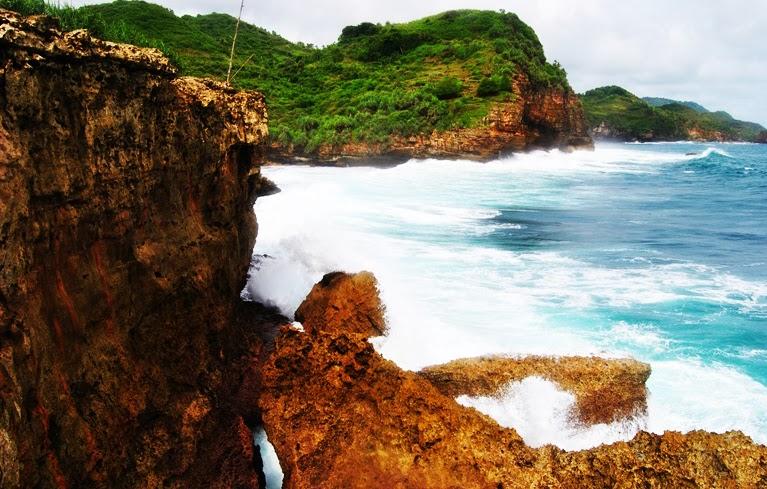 Pantai+Timang+Wonosari+Jogjakarta+Indone