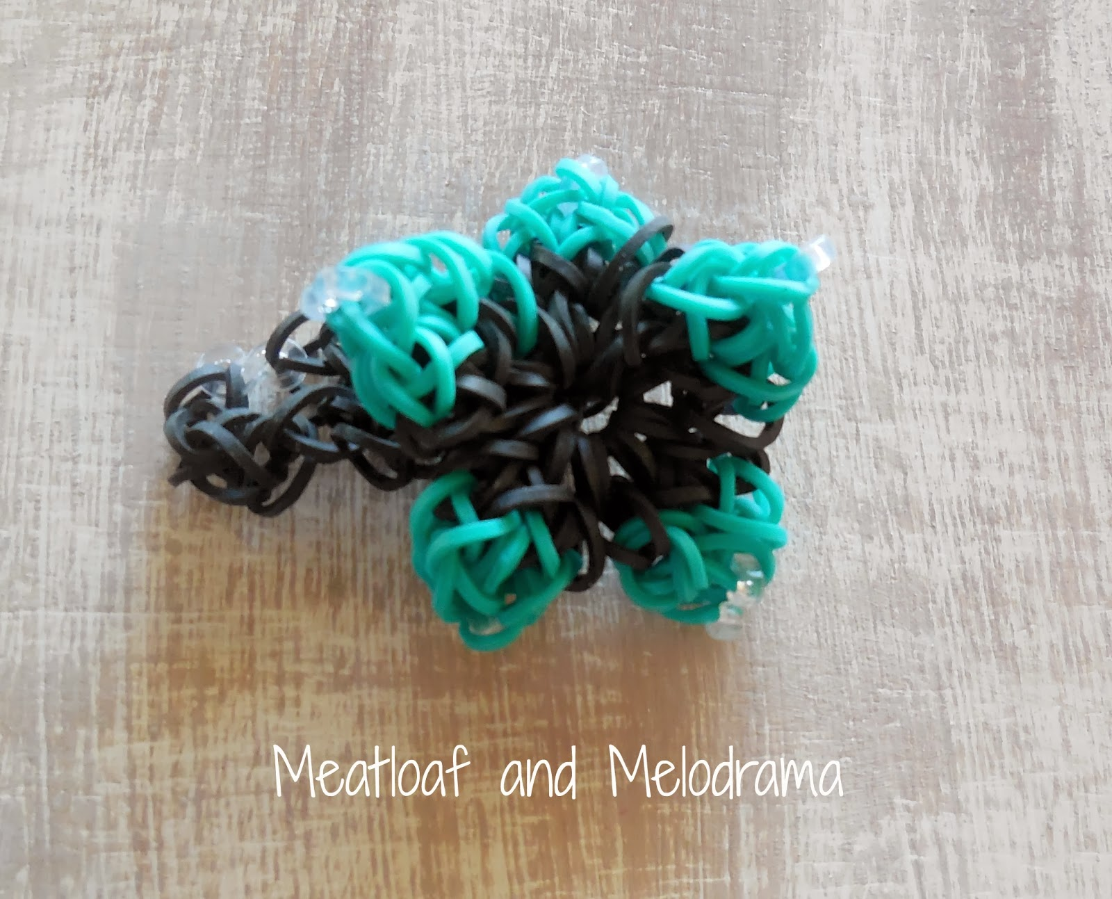 Rainbow Loom flower