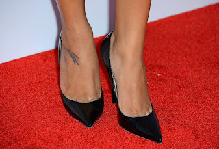 "Glee""'s Naya Rivera Has A Shooting Star Tattooed On Her Right Foot"