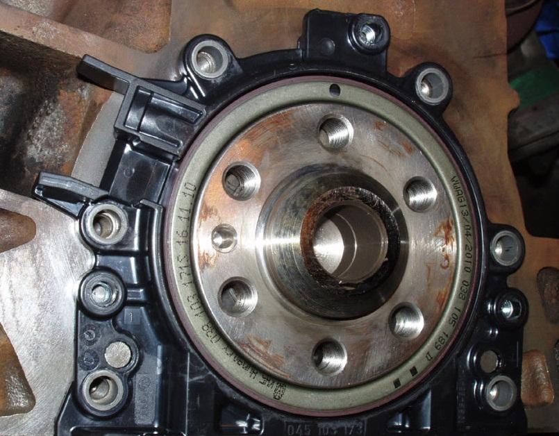 Ubicación de la corona generatriz del sensor posición cigüeñal/sensor revoluciones