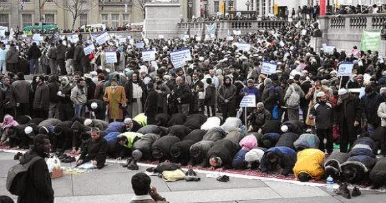 Wajah Islam di Inggris dalam Catatan Innes Bowen