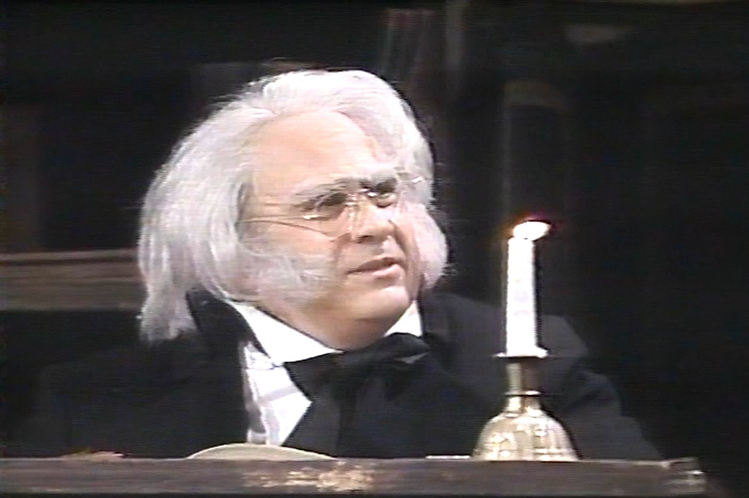 Holiday Film Reviews: Saturday Night Live- Danny Devito (1988 ...