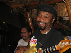 Legendary Bass Player Fully Fullwood