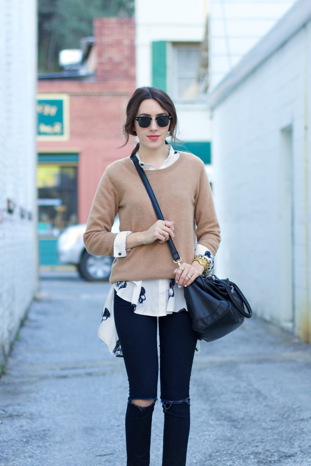 what-to-wear-with-a-tan-sweater