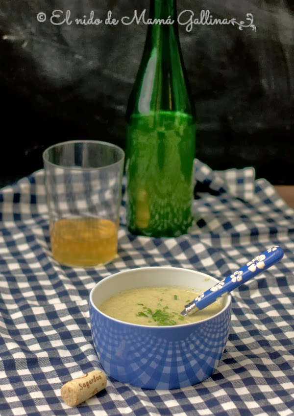 broccoli and apple soup