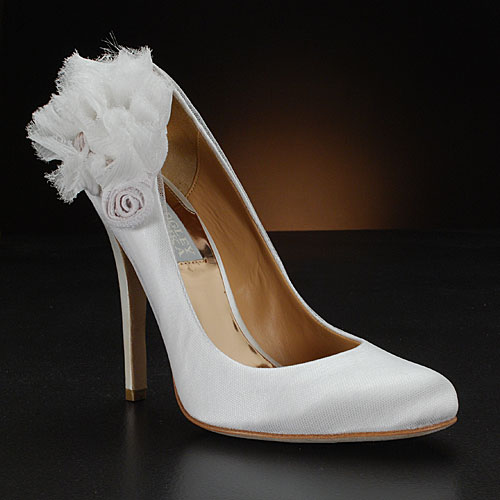 Beautiful Wedding Shoes With Flower Accents All About Shoes Amp Accessories