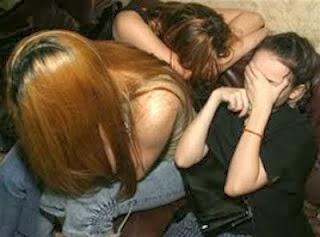 رسالة إلى فتيات ضائعات، فقدن أعز ما لديهن !! %D8%A7%D9%84%D8%AF%D8%B9%D8%A7%D8%B1%D8%A9+%D9%81%D9%8A+%D9%85%D8%B5%D8%B1