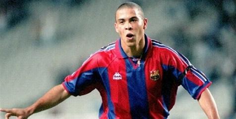 Ternyata Ronaldo Pernah Lakukan Threesome di Nou Camp