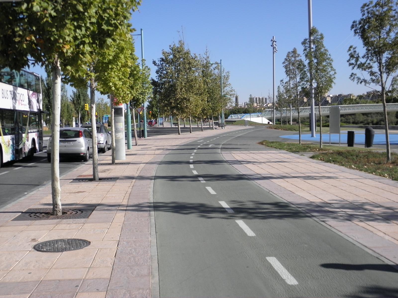 Bici lenta ciclismo urbano y cicloturismo sin prisas for Oficina trafico zaragoza
