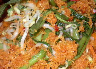 Cooked Vegetables with Spiced Grated Coconut Urap-urap Sayur