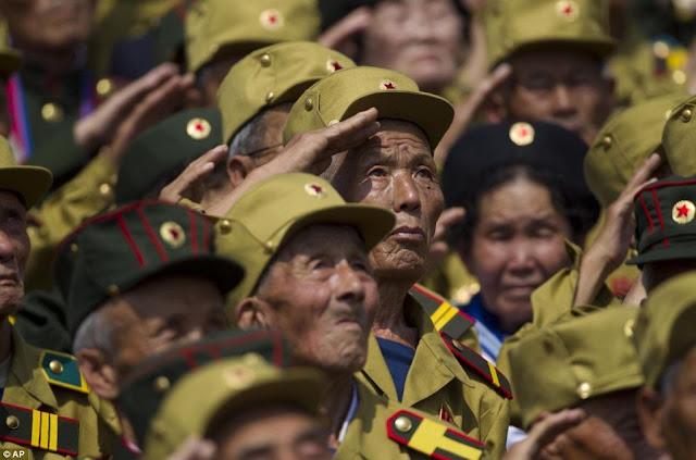 Korea Utara Unjuk Kekuatan Militer di Hari Ulang Tahun