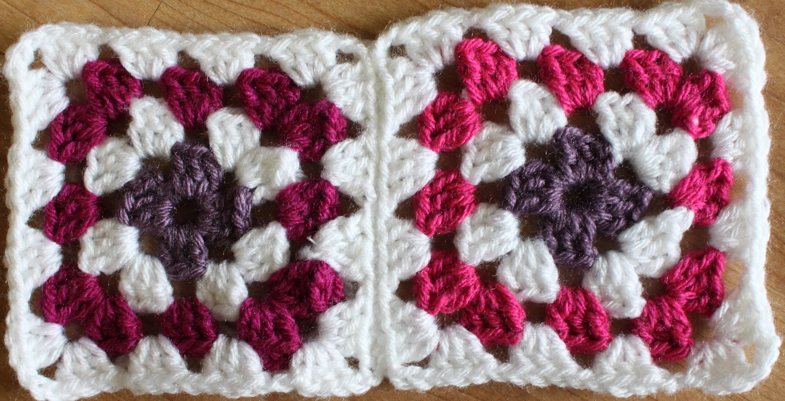Crocheting granny squares together
