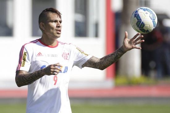 Guerrero nega que pode deixar o Flamengo