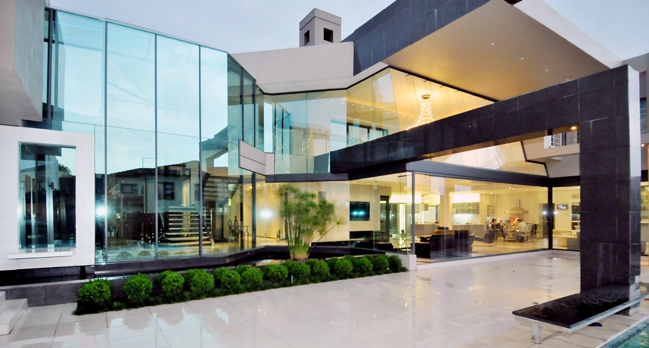 Huge modern home in hollywood style by nico van der meulen for Huge modern mansion
