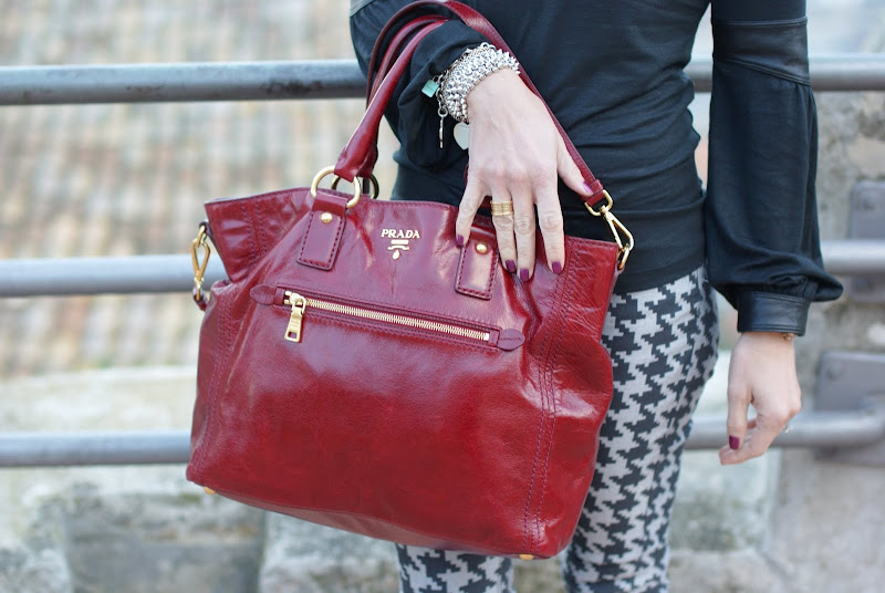 Prada red tote, Bvlgari BZero ring