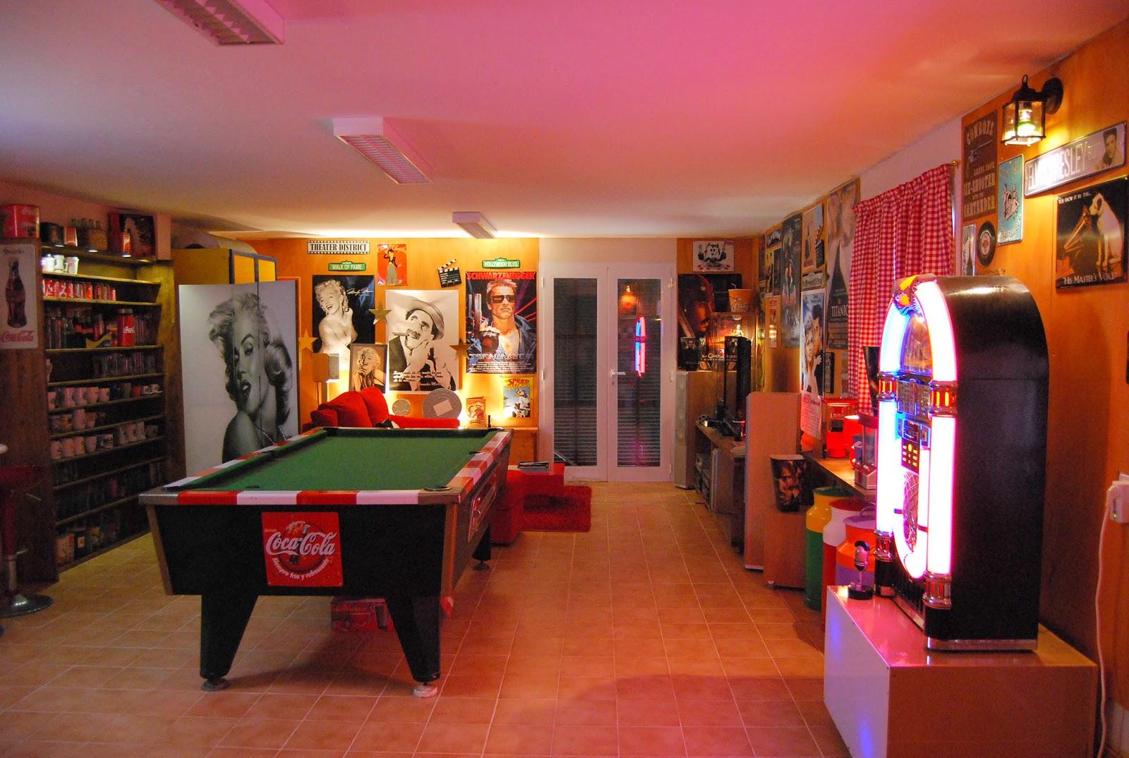 Quiero mi retro bar pinturadecor for Decoracion bares tematicos