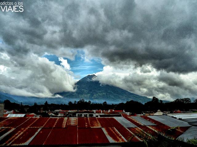 vistas del volcan agua antigua guatemala
